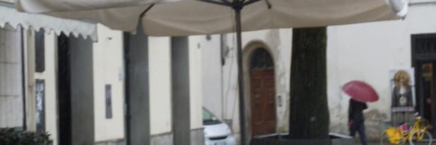 Smigus Dyngus w Polsce, woda w Toskanii
