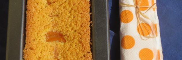 Torta vegana di polenta all'albococca