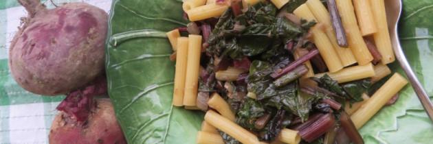 Viva la pasta! cz.29, Sedanini (pennette) con le foglie di barbabietola