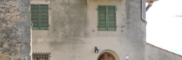Pontito – miasto zabarykadowanych drzwi