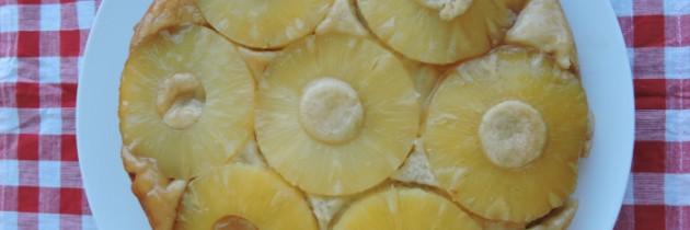 Wegańskie ciasto ananasowe