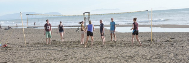 Marina di Castagneto i zabawa na plaży