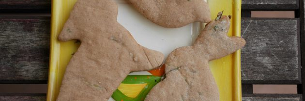 Kruche ciasteczka kasztanowe z rozmarynem