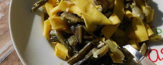 Pappardelle z bietolą i gorgonzolą