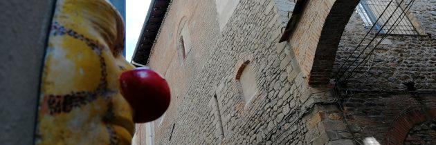 Drugi klown na murze w Pistoi
