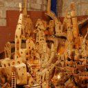 Szopka w Katedrze z korzenia drzewa oliwnego
