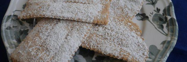 Faworki z mąki z płaskurki