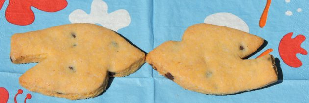 Wielkanoc i ciastka kruche z łezkami czekoladowymi