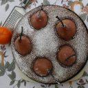 Pijane ciasto czekoladowe z gruszkami