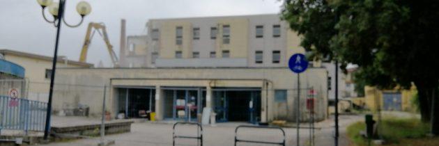 Rozbiórka dawnego szpitala w Pistoi