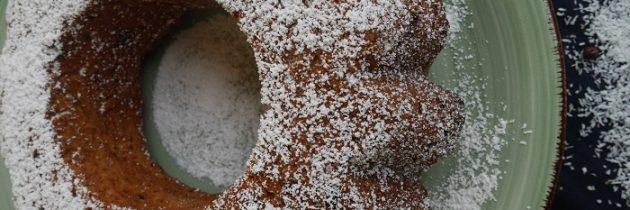 Babka kokosowa z łezkami czekoladowymi
