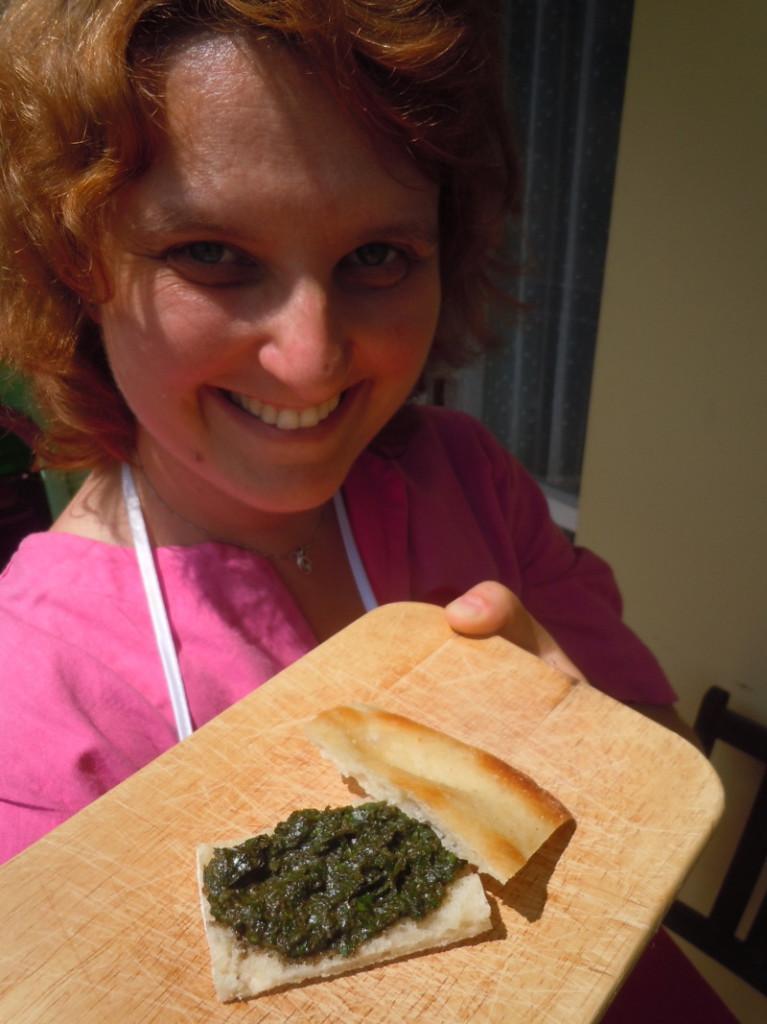 Sredniowieczny sos w zielonym kolorze