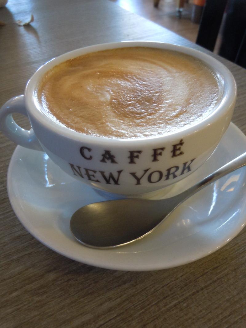 cappuccino_bar_andrea_carmignano