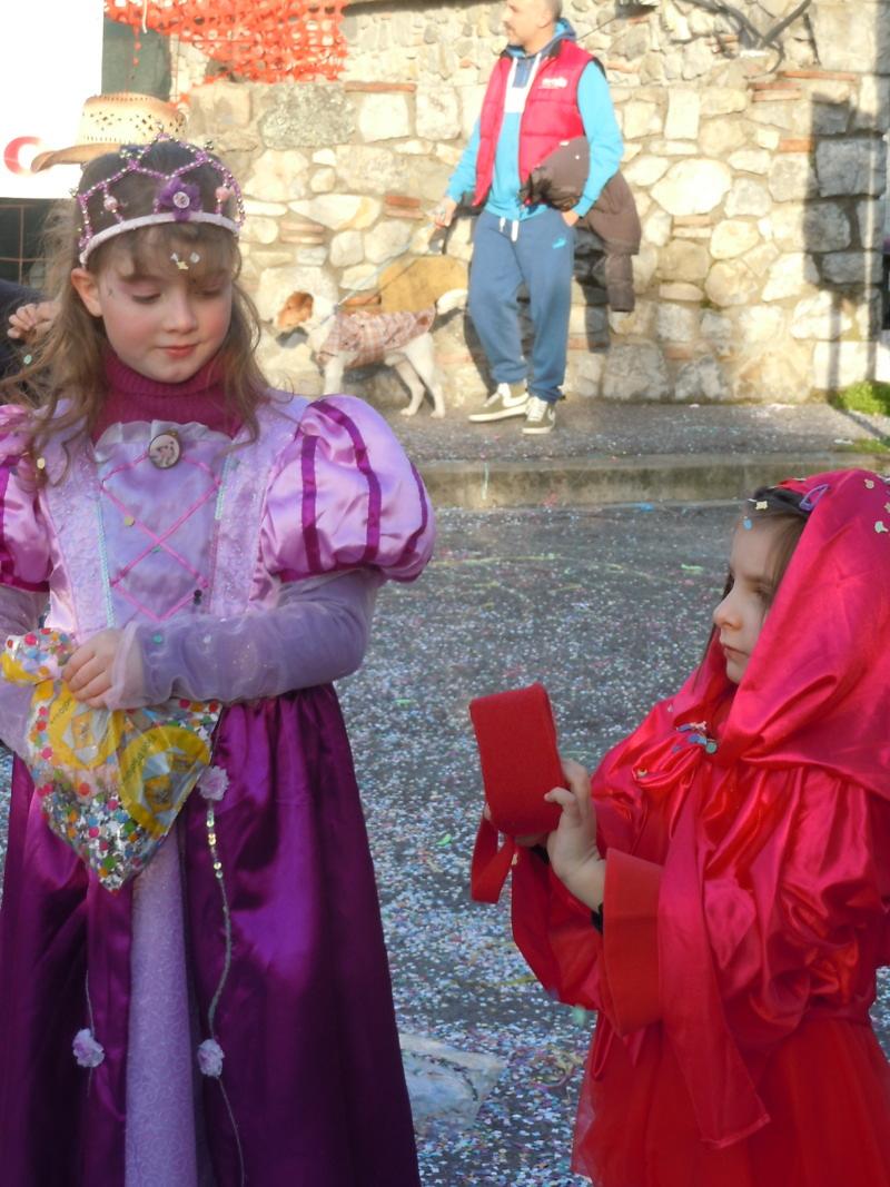 Przyjaciolki Julci:po prawej Matilde, po lewej Martina