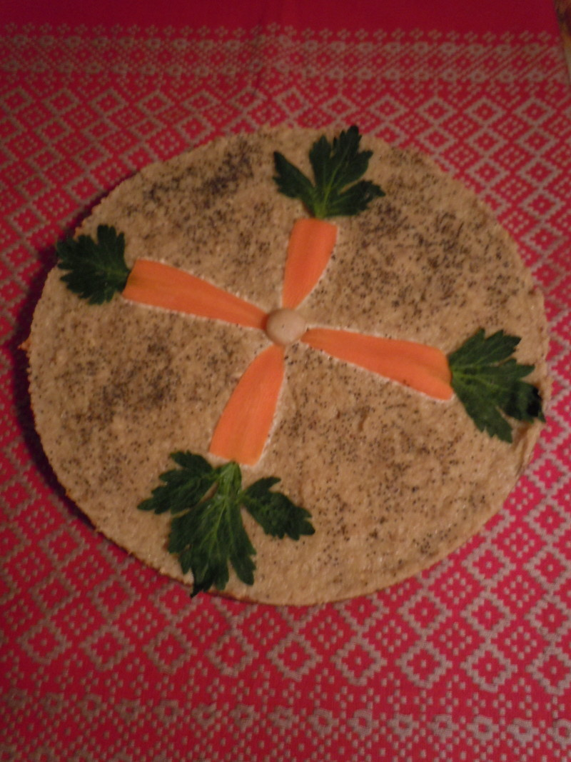 Tort Irene, glowne skladniki:marchew, kokos.... i nie pamietam.... :)