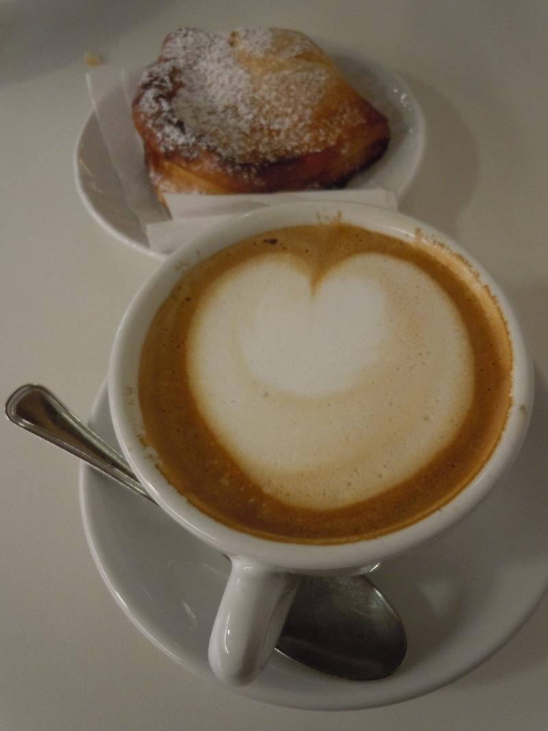 cappuccino_brioche_moja_toskania