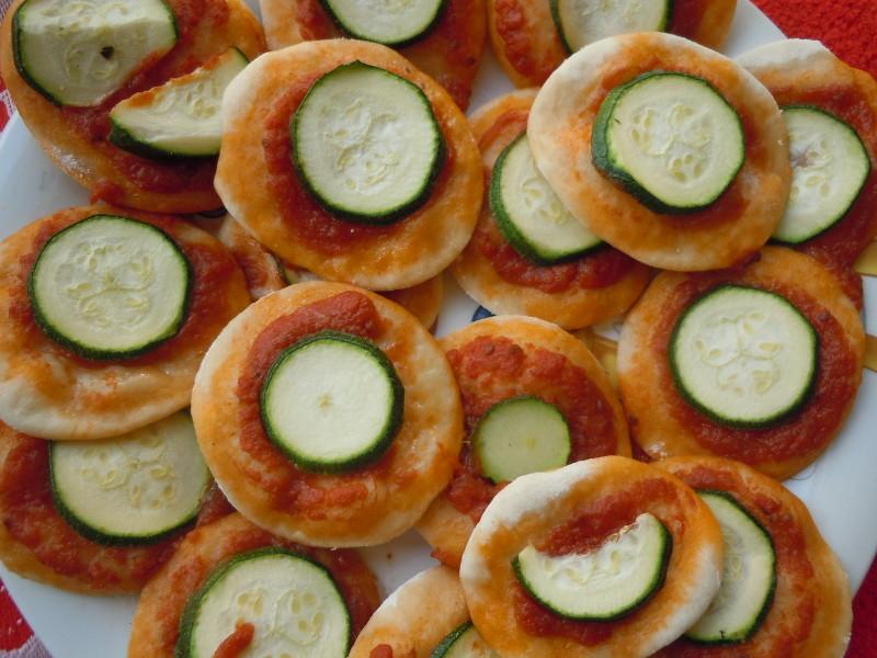Wersja pizzetek z cukinia