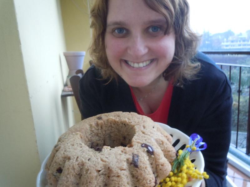 Weganskie  ciasto z kawalkami czekolady i rozmarynem - przepis wloski
