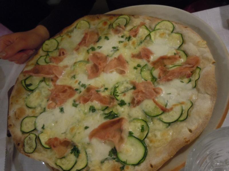 pizza_z_szynka_pistoia_moja_toskania
