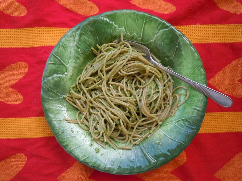 spaghetti_z_pesto_szpinakowym_moja_toskania