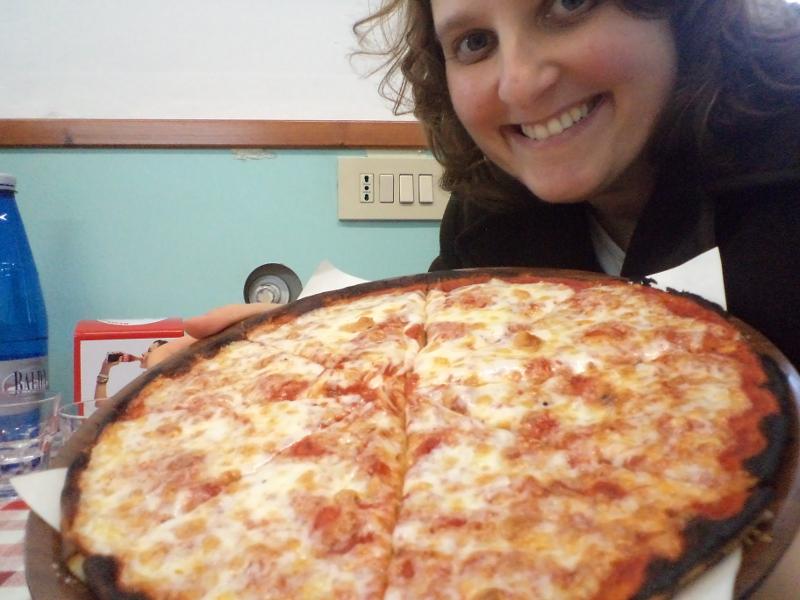 aleksandra_seghi_pizza_margherita_torre_del_lago