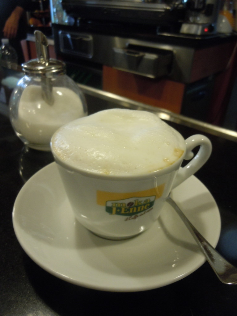cappuccino_sojowe_plac_carmine_pistoia_moja_toskania