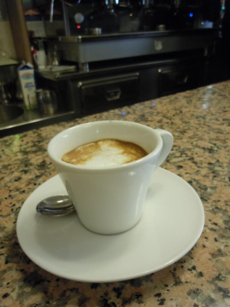 espresso_macchiato_plac_mazzini_pistoia_moja_toskania