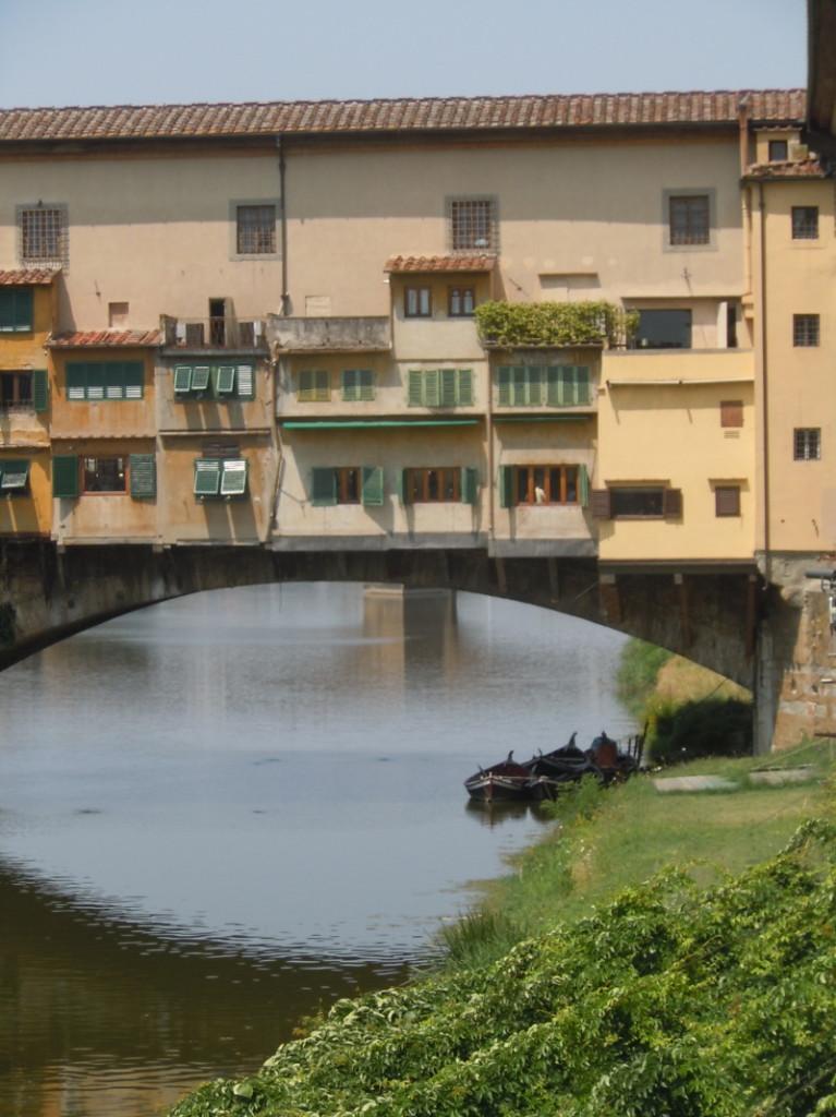 ponte_vecchio_lodki_moja_toskania_florencja