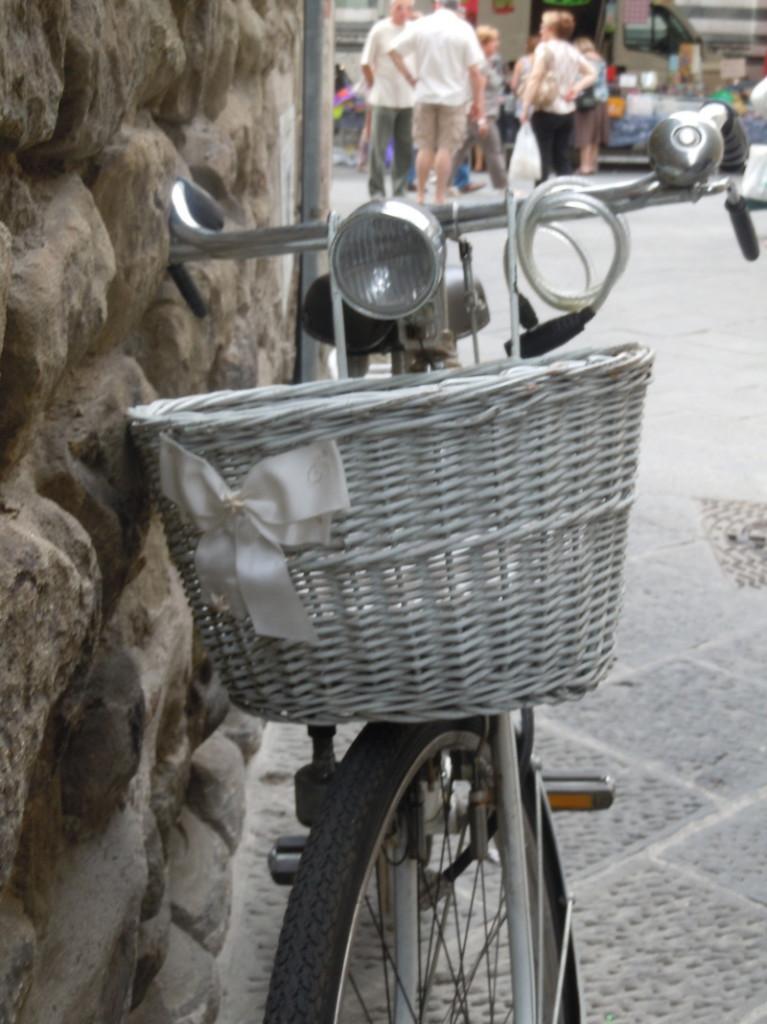 rower_z_biala_kokarda_moja_toskania_pistoia