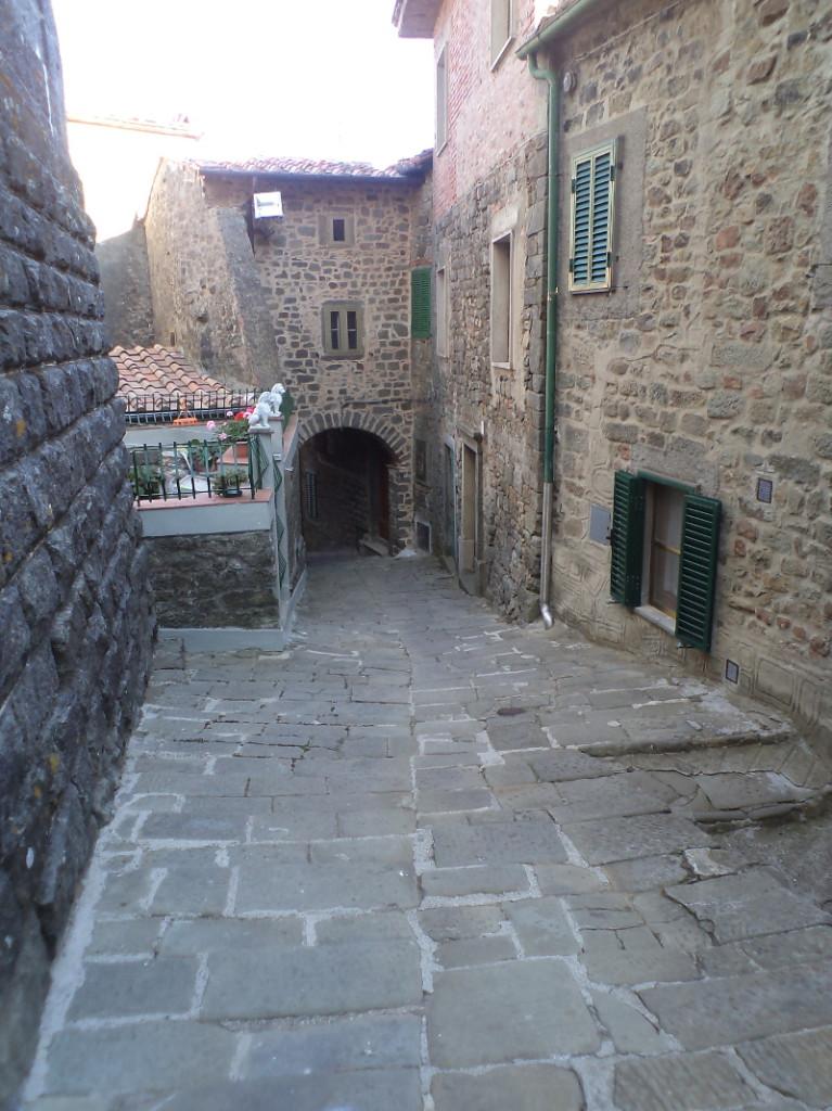 kamienny_luk_stiappa_moja_toskania