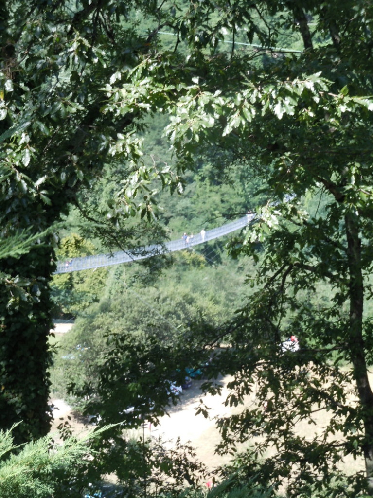 podwieszony_most_z_daleka_moja_toskania