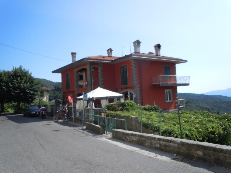 Budynek restauracji-pizzerii w Vellano
