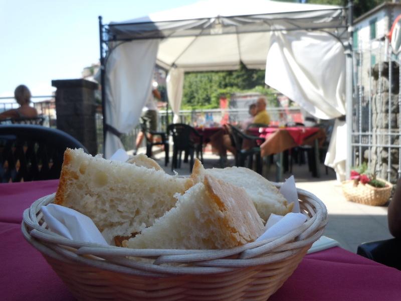 restauracja_chleb_toskanski_w_koszyku_vellano_moja_toskania