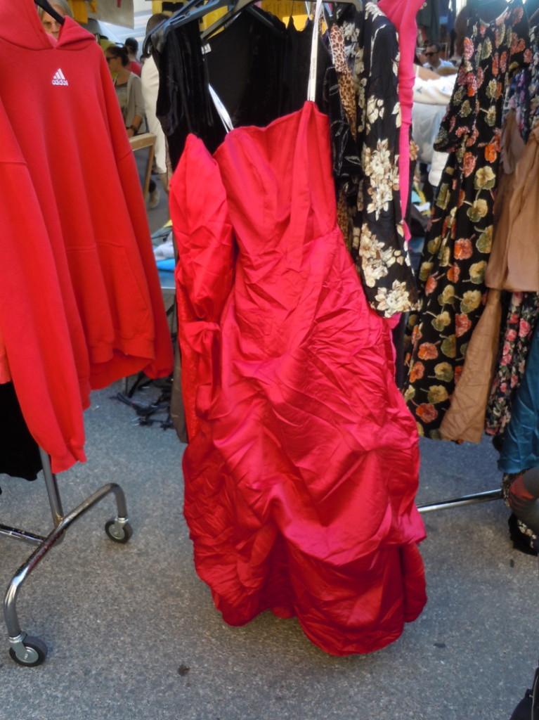 czerwona_suknia_targ_pistoia_moja_toskania