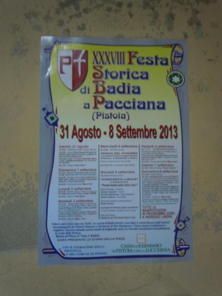 napis_festa_historyczna_badia_a_pacciana_moja_toskania