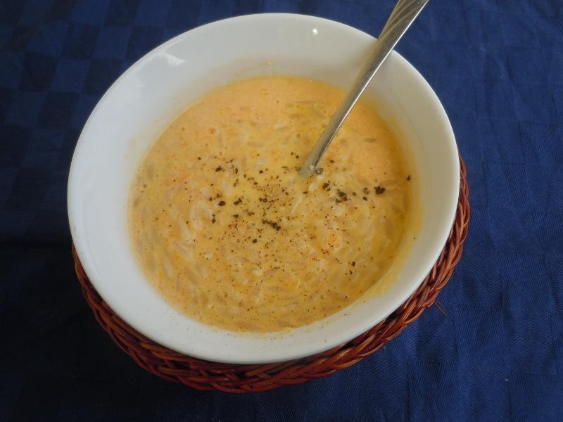 zupa_dyniowa_z_makaronem_typu_riso