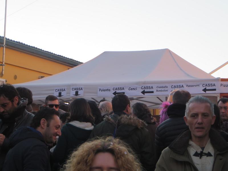 namiot_z_jedzeniem_paperino_prato_moja_toskania