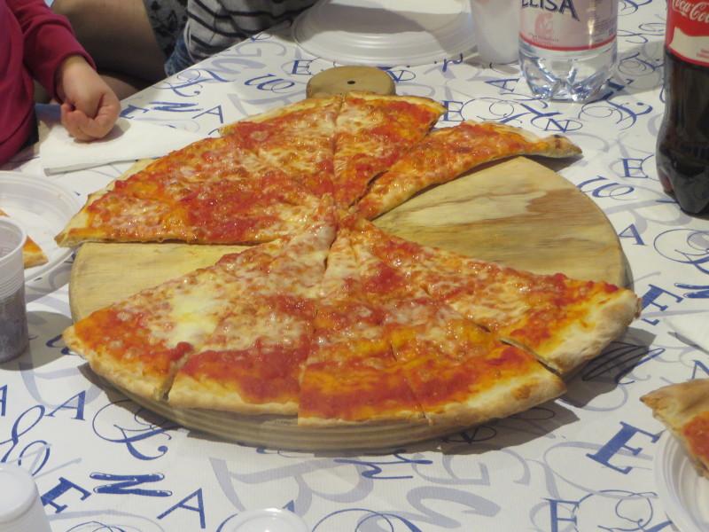 pizza_margherita_centrum_zabaw_pistoia_moja_toskania
