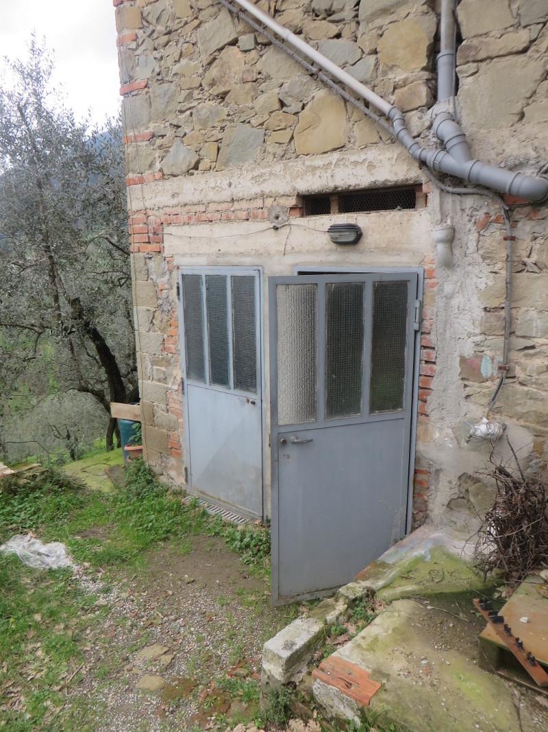 wejscie_do_piwnicy_mieszkanie_do_wynajecia_moja_toskania