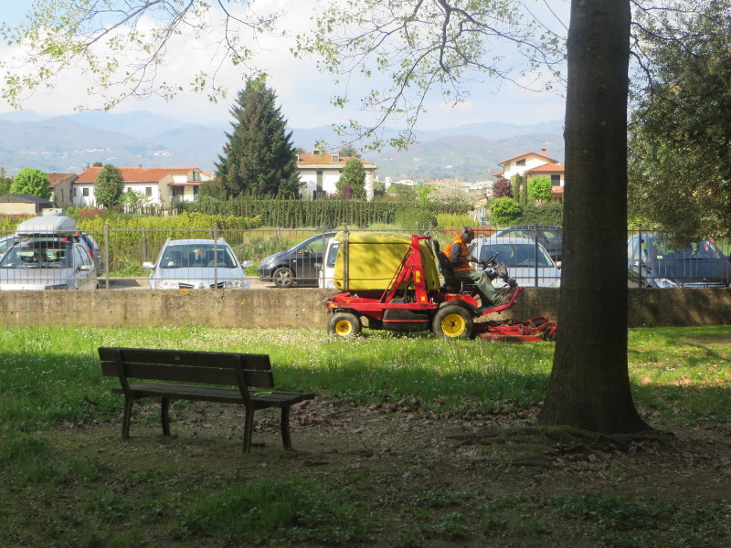 ciecie_trawy_przedszkole_pistoia_moja_toskania