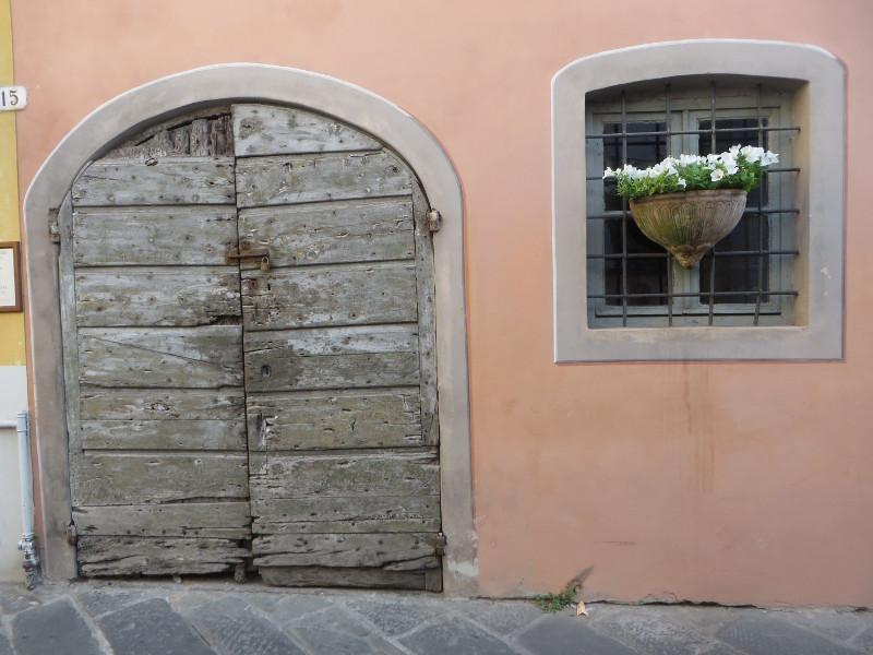 drzwi_toskanskie_lukka_moja_toskania