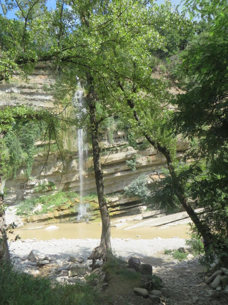 drzewo_i_wodospad_moja_toskania