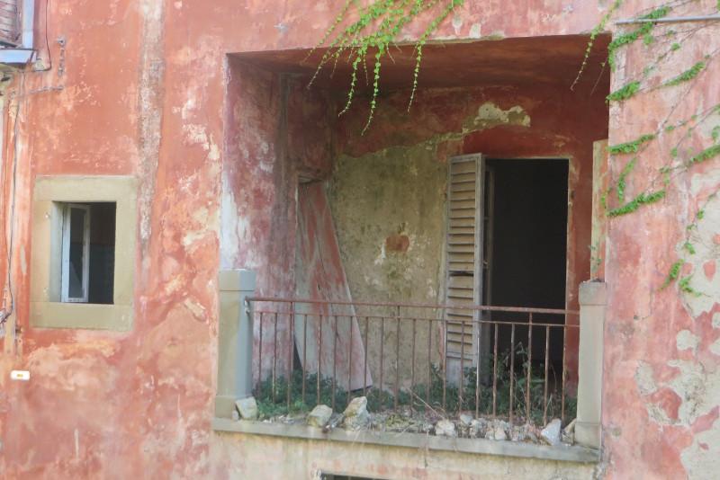 castelnuovo_dei_sabbioni_taras_moja_toskania