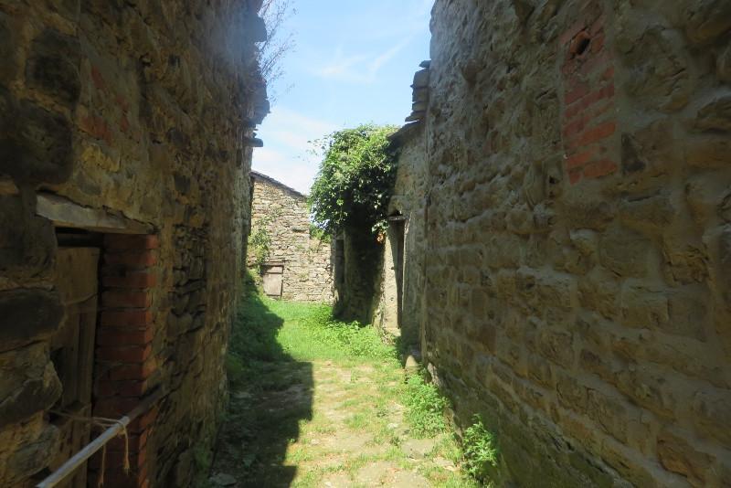 domy_uliczka_bivignano_moja_Toskania