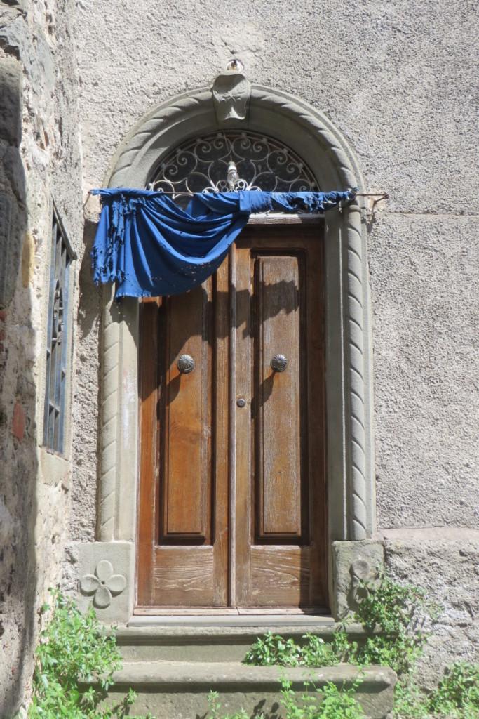 drzwi_z_kotara_moja_toskania_vico_pancellorum