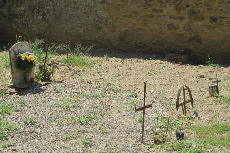groby_na_cmentarzu_moja_Toskania