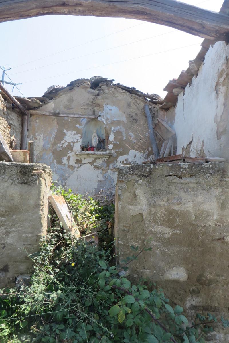 kosciol_ruina_przy_drodze_do_bivignano_moja_toskania