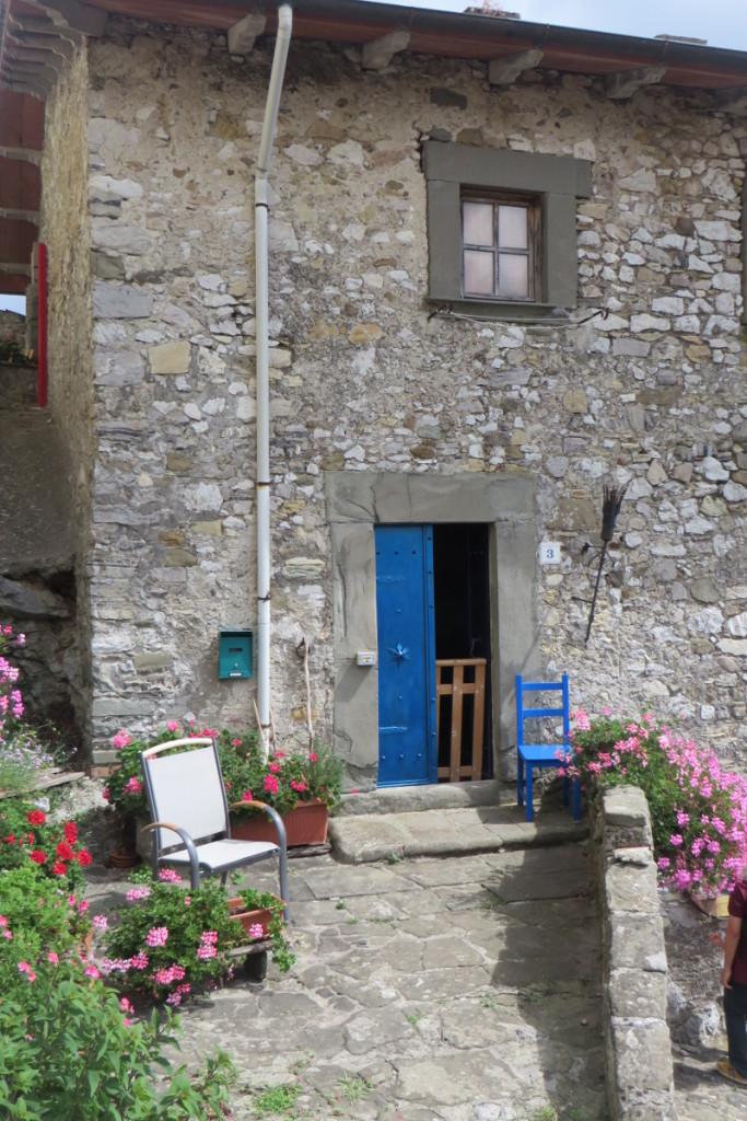 niebieskie_drzwi_moja_Toskania_vico_pancellorum