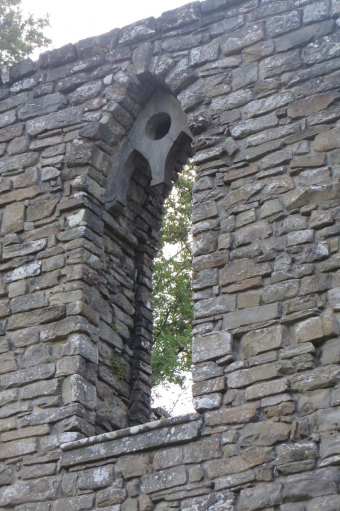 okno_w_wiezy_sambuca_castello_moja_toskania