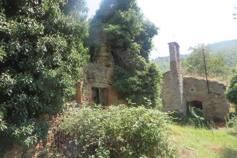opuszczone_miasto_calbi_moja_toskania